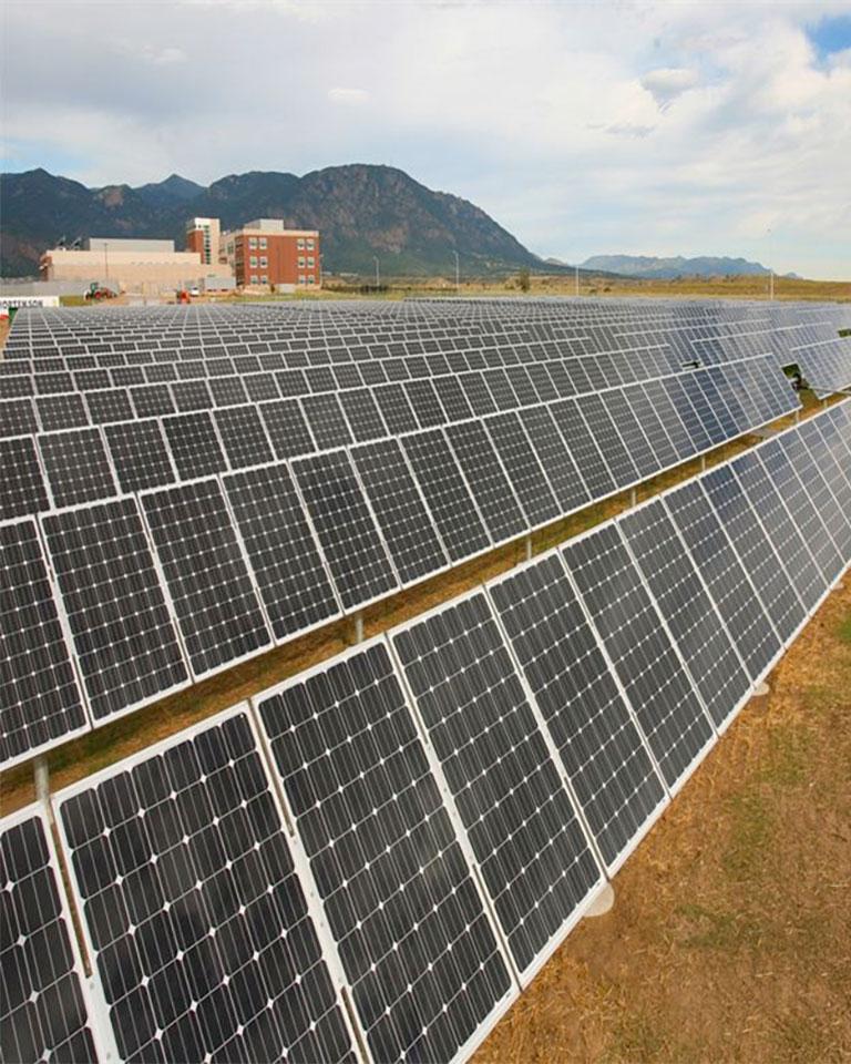 solar-array-vert